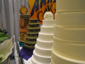 1280px-At_the_Seattle_Bridal_Show2
